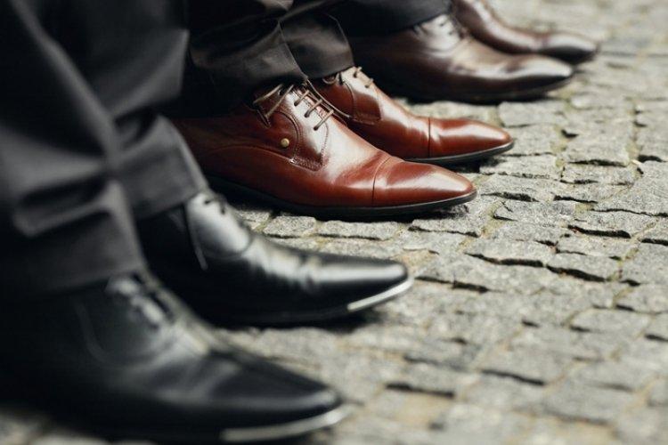 7218f0e78 Sapatos sociais masculinos  Tudo o que você precisa saber - Compasso ...